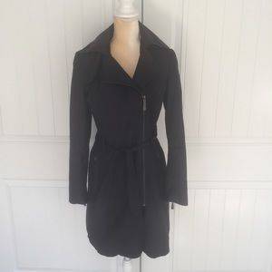 Vince Camuto navy asymmetrical hooded trench coat